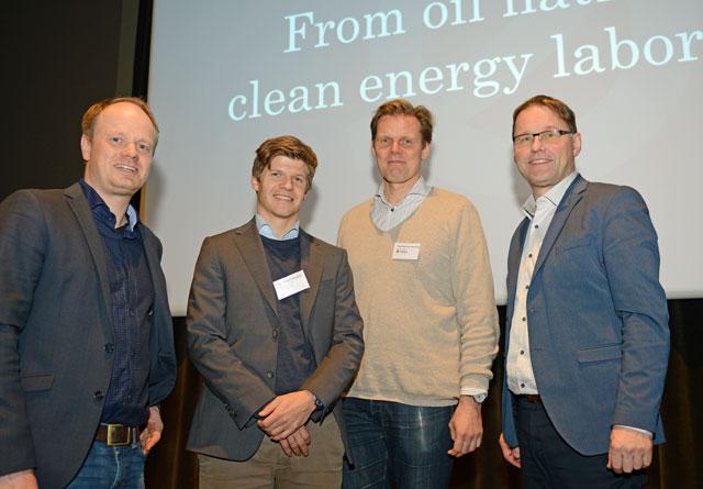 Johannes Fjell Hojem fra NOBIO (t.v.) ledet debatten mellom Erlend  Grøner Krogstad, Trygve Mellvang Tomren-Berg  og Widar Skogan.